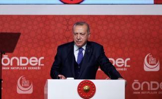 Cumhurbaşkanı Erdoğan: Şu Anda Bakıyoruz Bazı Yerlerde Seçimlerde Falan Herkes Bir Yere Savrulmaya Başladı