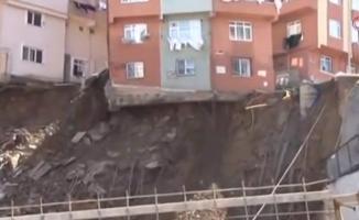 İstanbul Kağıthane'de Canlı Yayın Sırasında Bir Bina Çöktü