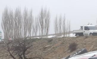 Karaman'da Ambulans Devrildi! 2'si Sağlık Görevlisi 3 Yaralı