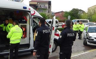 Kocaeli Derince'de Korkunç Trafik Kazası! Yaralı Polis Var