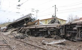 Malatya'da Tren Devrildi! Yaralılar Var