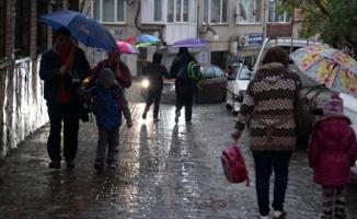 Meteoroloji'den Önemli Uyarı ! Kuvvetli Yağış Geliyor (O İller Dikkat)