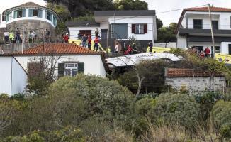 Portekiz'de Feci Kaza! Turistleri Taşıyan Otobüs Devrildi! 28 Alman Turist Öldü