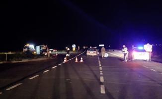 Şanlıurfa'da Feci Kaza- Ambulans İle Otomobil Çarpıştı 8 Yaralı Var