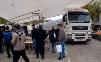 Şanlıurfa'da Feci Kaza! Freni Boşalan TIR Pazara Daldı