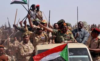 Sudan'da Devlet Başkanı Beşir tutuklandı