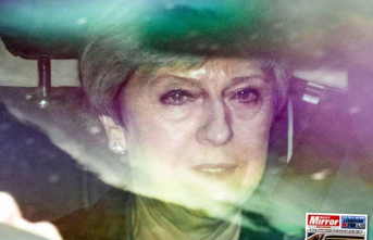 Dünya bu haberle çalkalandı! İngiltere Başbakanı Theresa May istifa mı ediyor?
