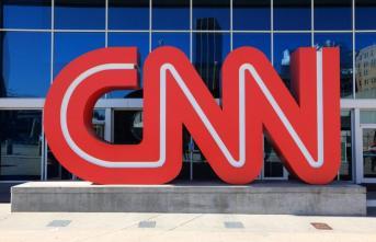"""FT: """"CNN Türk yanlı yayın yapıyor"""" dedi! İmamoğlu CNN'in Türkiye uzantısını denetlemesini istedi"""