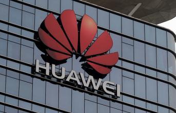 Huawei'de Büyük Şok! İkinci Bir Talimata Kadar Üretim Durduruldu İddiası
