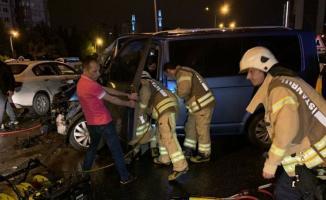 İstanbul Maltepe'de Korkunç Kaza! 12 Araç Karıştı, Yaralılar Var