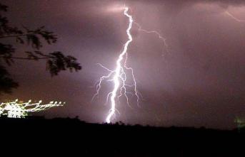 Meteoroloji sağanak nedeniyle oluşabilecek sele ve yıldırıma karşı uyarı yaptı! 24 Mayıs 2019 bugün hava yurt genelinde nasıl olacak?