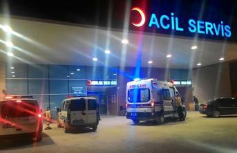 Minibüsle Kaçmaya Çalışan Mülteci, Yol Kenarındaki Uzman Çavuşa Çarptı! Uzman Çavuş Yaralandı