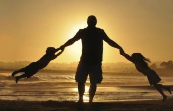 Babalar günü ne zaman? Babalar günü hangi güne denk geliyor? En güzel babalar günü mesajları
