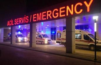 Çorum İskilip'de Minibüs İle Otomobil Çarpıştı: 14 Kişi Yaralandı