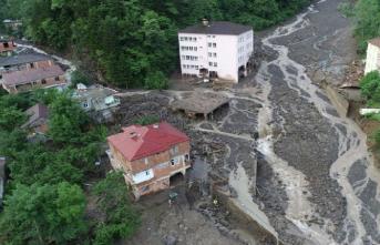 Trabzon Araklı'da Sel Felaketi! 7 Kişi Hayatını Kaybetti! 3 Kişi Kayıp