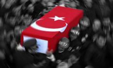 Adıyaman'ın Sincik İlçesinde Ekip Otosuna Düzenlenen Saldırıda Yaralanan Polis Memuru Şehit Oldu!