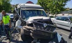 Diyarbakır-Elazığ yolunda son dakika trafik kazası! 6'sı ağır 16 kişi yaralandı