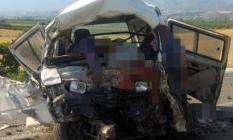 Manisa'nın Salihli ilçesinde son dakika yolcu otobüsü kazası! Çok sayıda ölü ve yaralı var