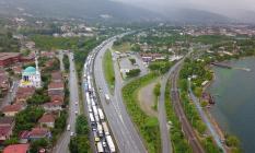 TEM Son Dakika! İstanbul Ankara istikameti kaza nedeniyle trafiğe kapandı
