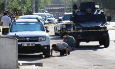 Diyarbakır'da Şehitlik Polis Merkezi Amirliği'ne bombalı saldırı