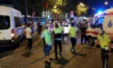 İstanbul Fatih'te Polis Aracı İle Otomobil Çarpıştı! Trafik Kazasında 1'i Polis 7 Kişi Yaralandı!