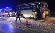 Manisa, Yunusemre İlçesinde 3 İşçi Servisinin Karıştığı Zincirleme Trafik Kazasında 23 Kişi Yaralandı!