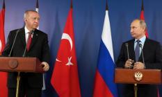 Putin'de Türkiye sınırında güvenli bölge kurulmasını desteklediklerini söyledi