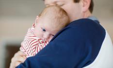 Annelere var da babalara yok mu? Türkiye'de teknoloji devinden çalışan babalara 6 ay ücretli doğum izni