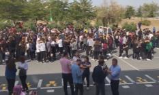Deprem Sonrası İstanbul'da Bazı Okullar Boşaltıldı ! AFAD ve Valilikten Açıklama Geldi