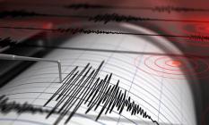 İstanbul'da son dakika deprem meydana geldi! Depremin şiddeti ile her yer sarsıldı