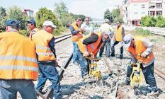Belediye şirketlerinde çalışan 450 bin taşeron işçileri tedirgin! Her an işten çıkarılma korkusu yaşıyorlar