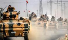 Suriye'de Harekat Başladı ! Peş Peşe Patlamalar: Resulayn'da Dumanlar Yükseliyor