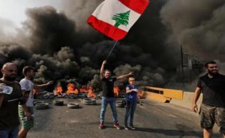 Lübnan'da gösteriler sürüyor! 200 kişi yaralandı!