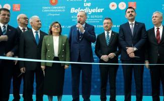 Erdoğan ve İmamoğlu kongrede bir araya geldi!