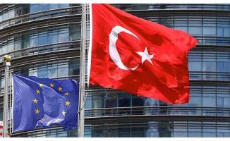 AB, Türkiye'ye fon kesintisi uygulayacak mı?