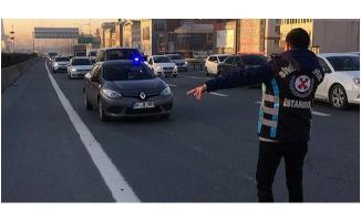 Araçları tek tek durdurup incelediler! Yetki yoksa idari para cezası kestiler