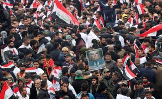 Irak'ta ABD 'ye karşı protesto yürüyüşüne başladı!