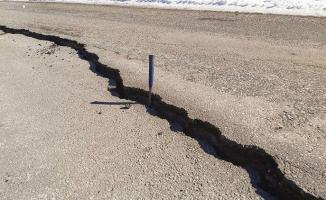 Jeoloji mühendisleri uyardı! ''Depremde kırılan Fay hattı takip edilmeli!'