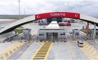 Türkiye'nin kara sınır kapılarından 27 milyon kişi geçiş yaptı!