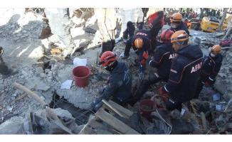 Yardım Araçları İzmir'den Elazığ'a Yola Çıktı!