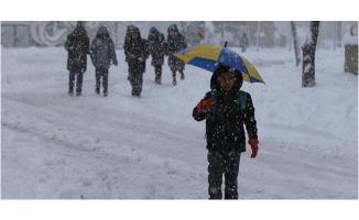 8 ilde eğitime ara! Yoğun kar okulları tatil etti: Hangi illerde kaç gün kar tatili olacak?