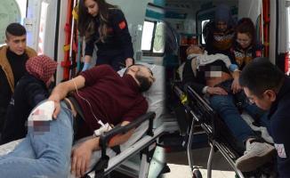 Afganistan uyruklu 2 kişi parkta oturanlara saldırdı! 2 yaralı