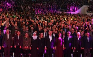 HDP kongresinde PKK'lılar için saygı duruşu yapıldı!