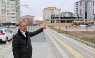 Malatya'da artçı depremlerin devam etmesinden dolayı inşaatlara beton dökümü durduruldu!