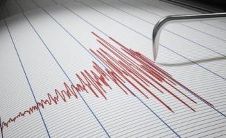 Manisa'da deprem oldu! İzmir ve Bursa'da hissetti