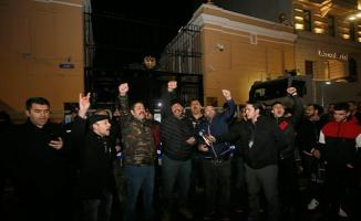 Rusya Başkonsolosluğu önünde İdlib protestosu!