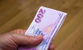 SGK ödenen prim paralarını toplu olarak iade ediyor! Kimler alabilir?