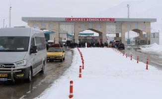 Son Dakika! Türkiye Coronavirüs salgını nedeniyle İran sınırını kapatma kararı aldı!