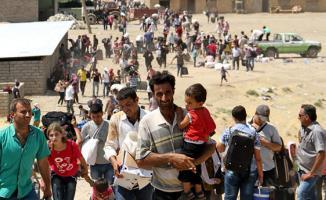Son dakika Türkiye Suriyelilere sınır kapılarını sonuna kadar açtı! 5 Milyon Suriyeli Avrupa'ya doğru harekete geçebilir
