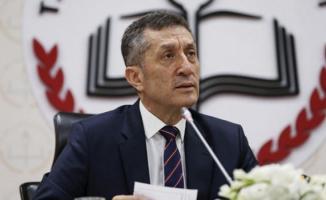 """Ziya Selçuk'tan Telafi Eğitim Açıklaması: """"Ara tatilin Elazığ'da okul dönemi olarak geçmesi yönünde çalışmalarımız var."""""""